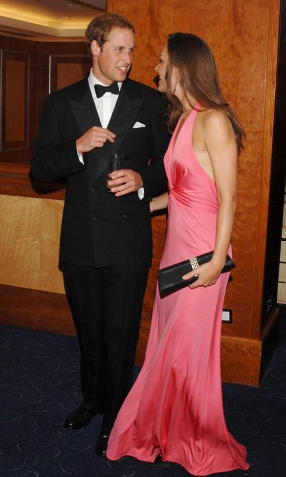 O casal é considerado por muitos o ingrediente certo para o 'ar moderno que a monarquia britânica precisava'